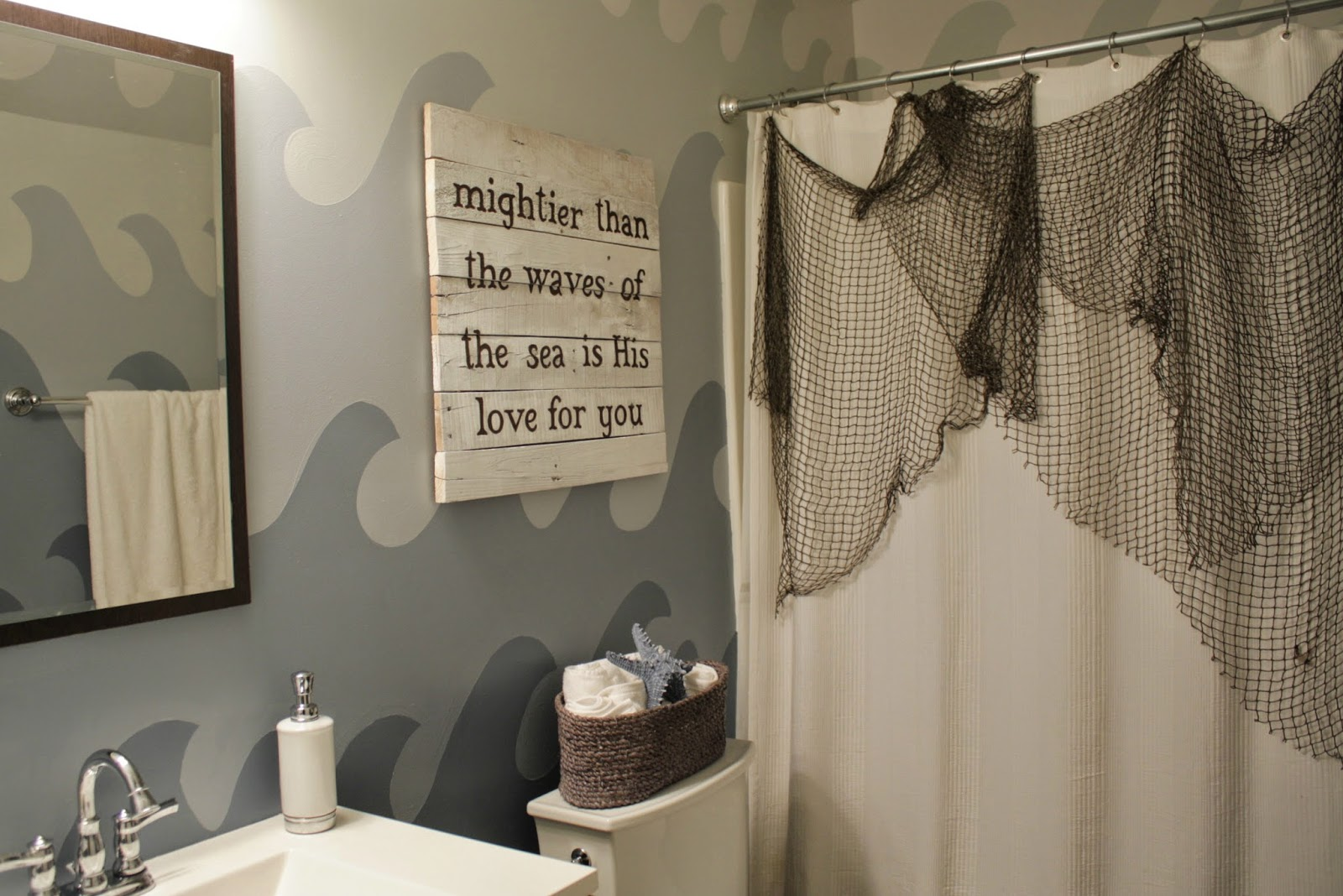 http://www.livealittlewilderblog.com/2014/07/jakes-bathroom-makeover.html