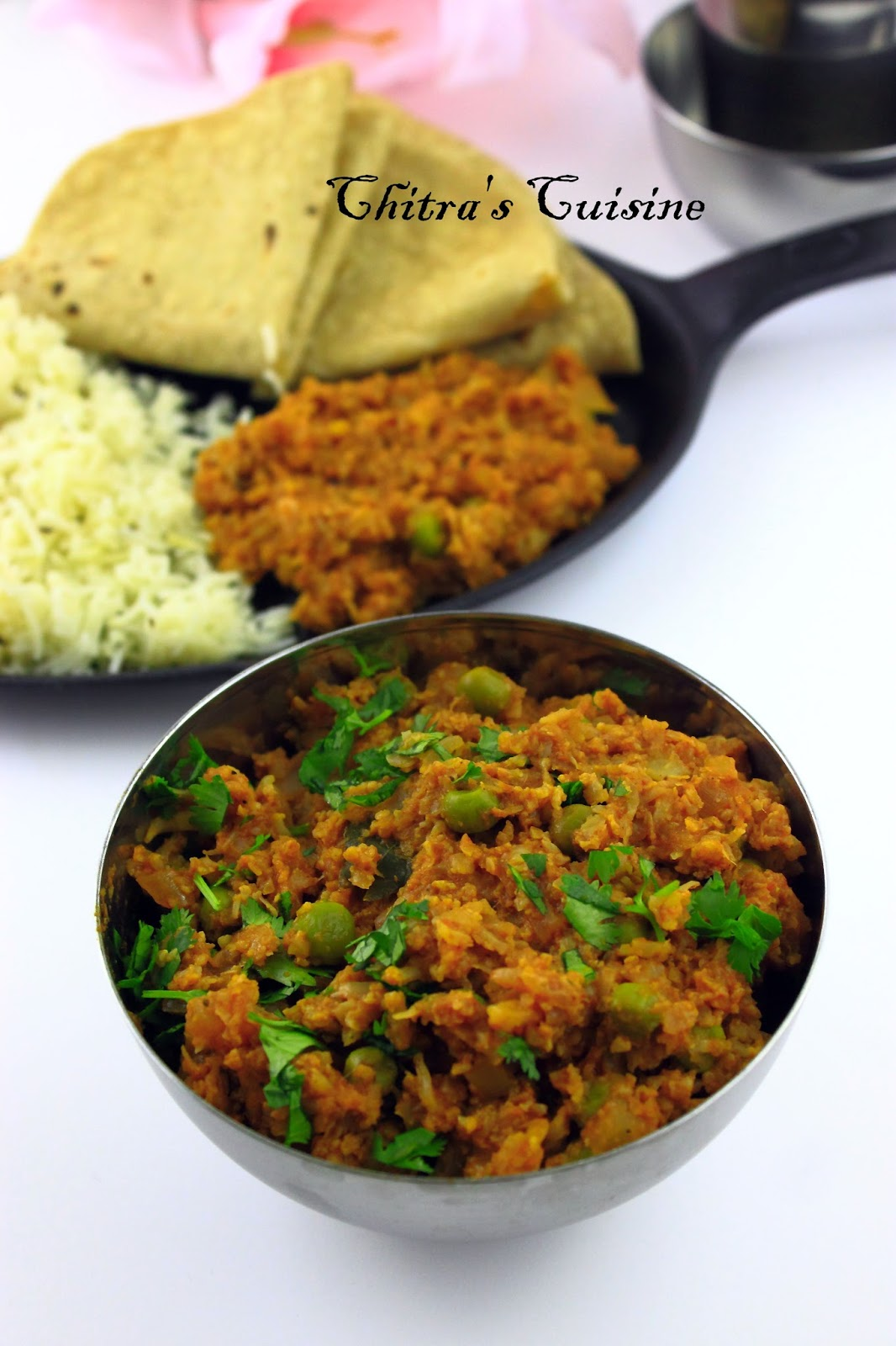 gobi mattar keema/gobi and peas keema/gobi keema/minced cauliflower curry