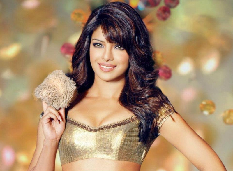 Bollywood World Priyanka Chopra Hot Images