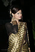 Anchor Shila Chakravarthy latest black saree Photos-thumbnail-2
