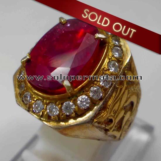 Batu Permata Ruby Item Colector