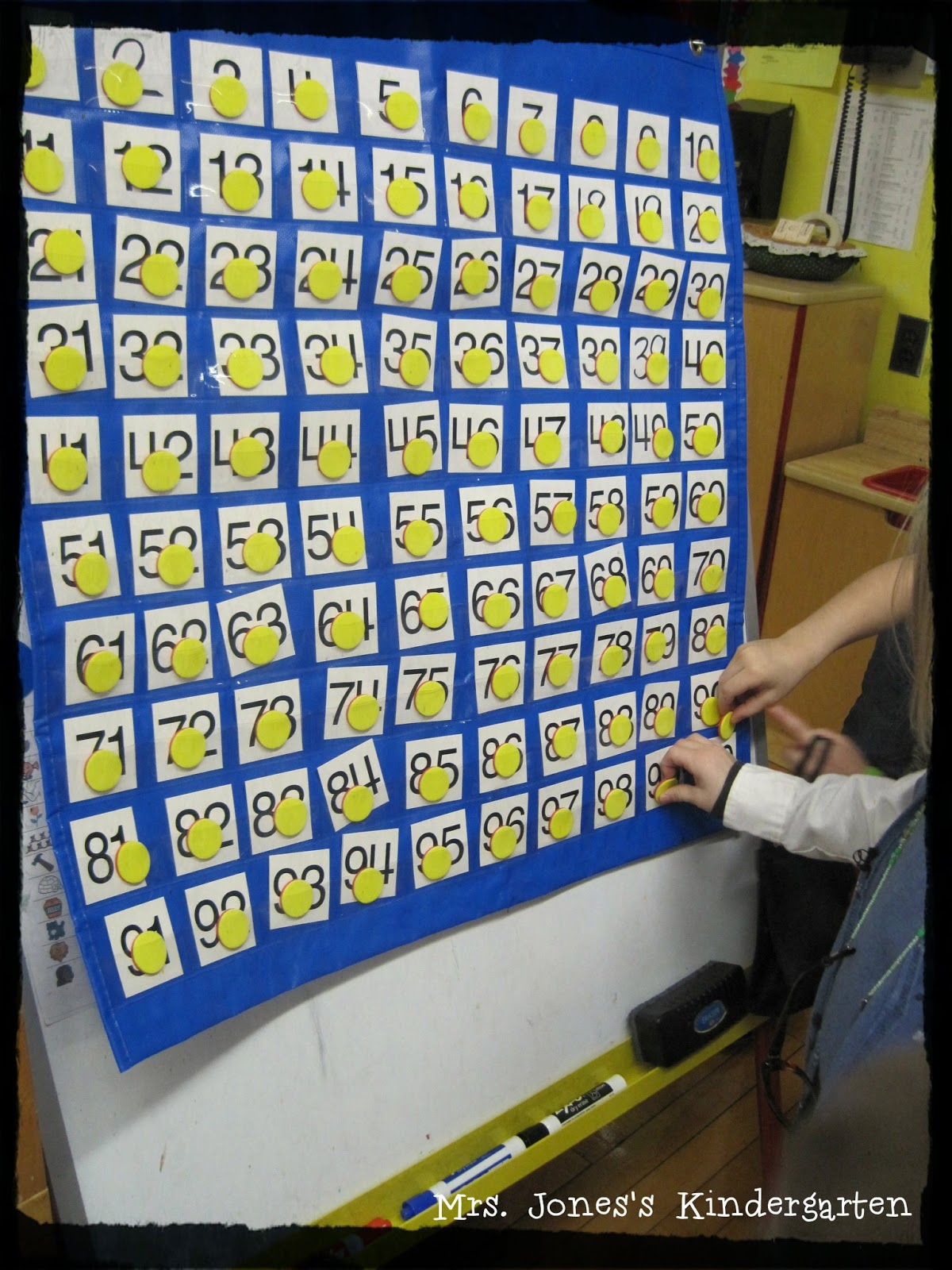 100th Day And Vowel Fun Mrs Jones S Kindergarten