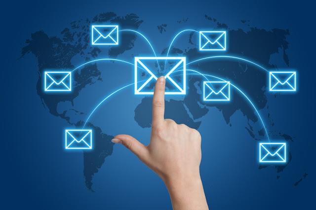 आपला ई-मेल पत्ता, आपली ओळख