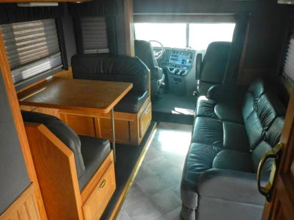 Used Rvs 2005 Freightliner Columbia Toter Home For Sale By
