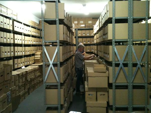 Comix compra 12 toneladas de quadrinhos da editora Devir, incluindo raridades