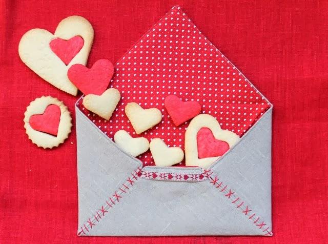Tutorial fácil y rapido para hacer un sobre de tela para San Valentín