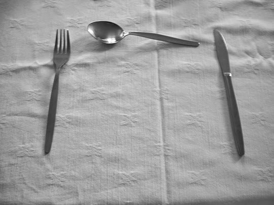 dinner time, cutlery, table cloth, contemporary, photography