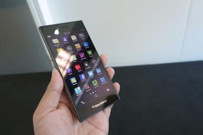 Gadget Blackberry Kembali Rilis Penjualan Produk