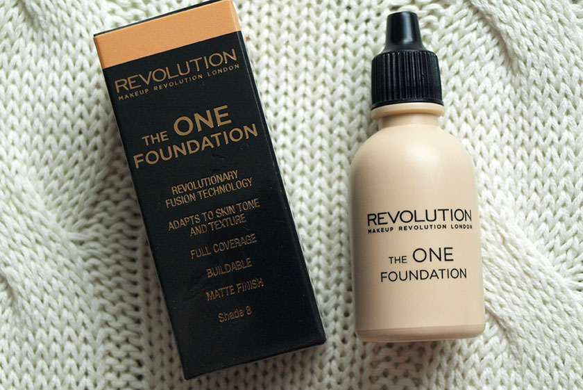 Starting with the base, The One Foundation* (£4.00) blew my socks off! I was confused about the runny texture at first, but once I started to blend it, ...