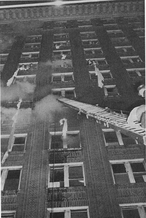 winecoff hotel fire At fifteen stories high, the winecoff hotel was considered one of the first  skyscrapers in atlanta in 1913 it also claimed to be a fire proof building.