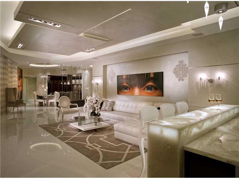 Cobertura De Luxo para venda em St.Tropez Tower - U$ 2,700,000