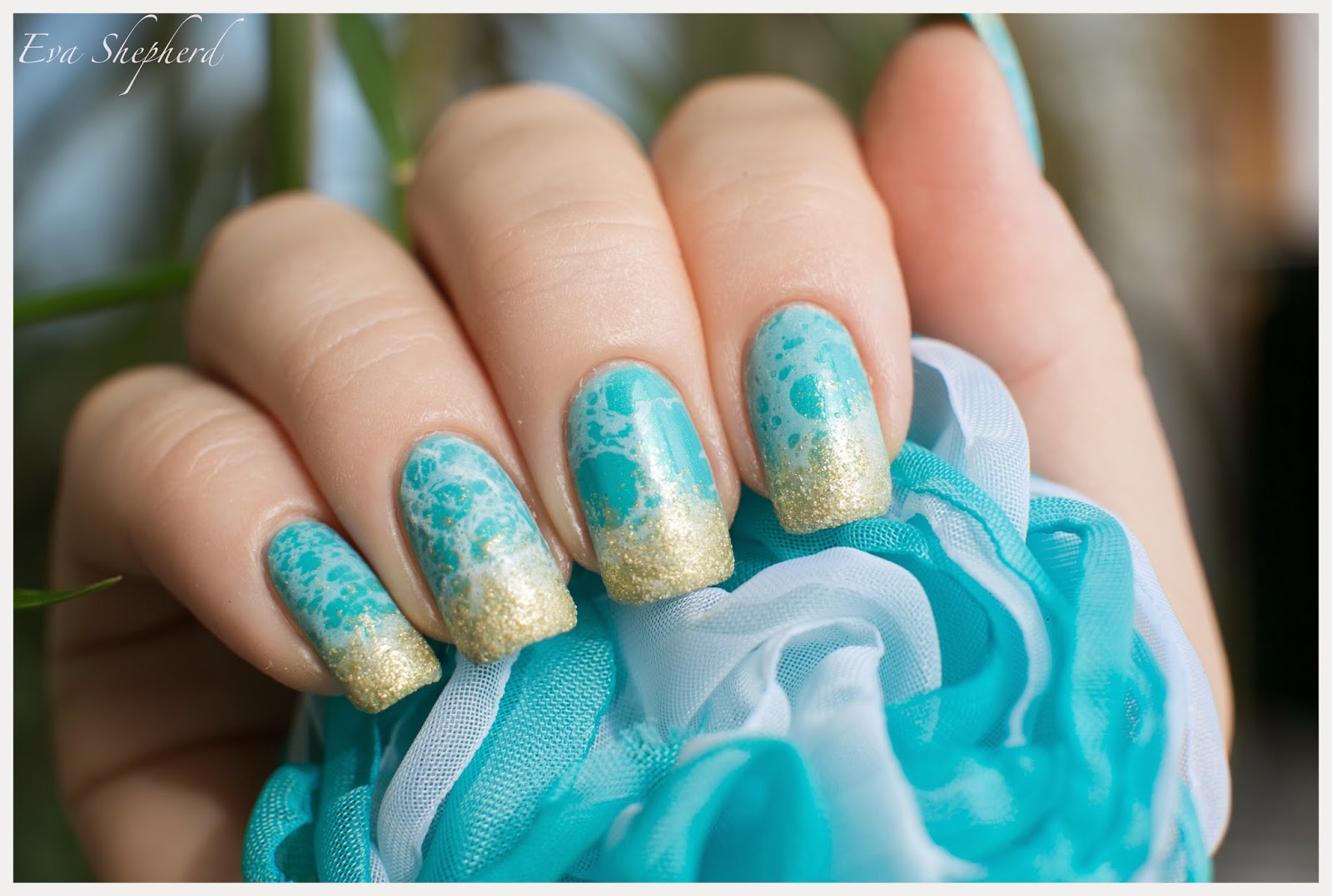 Дизайн ногтей на бирюзе