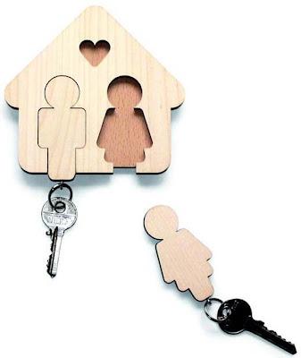 Green-Pear-Diaries-mobiliario-diseño-llaves