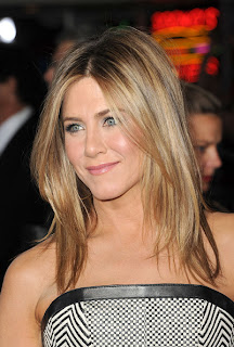 Jennifer Aniston Medium Length Hairstyles for Women