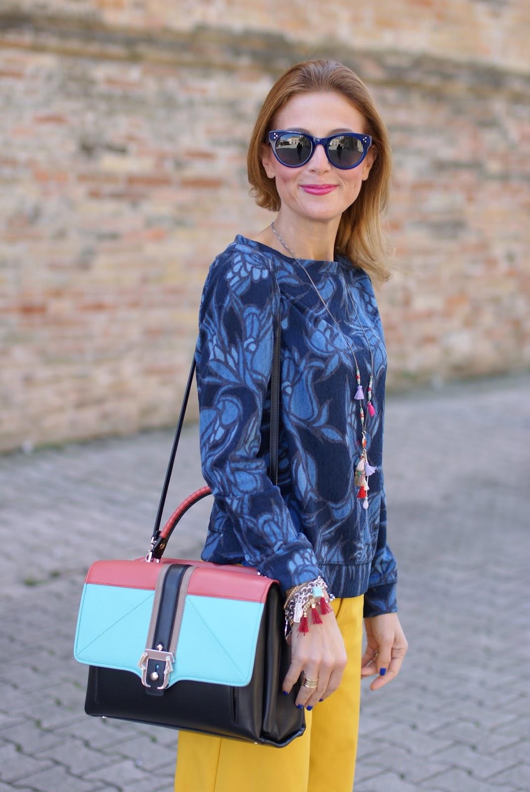 Paula Cademartori Faye handbag, Dolce & Gabbana Sophia Loren lipstck, yellow pants and Hype Glass on Fashion and Cookies fashion blog