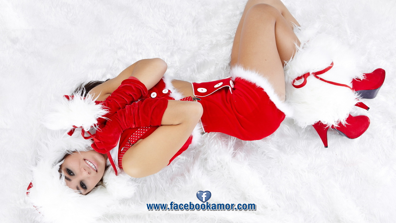 http://2.bp.blogspot.com/-YAdAyXoDZ4o/UM9c0v3gL8I/AAAAAAAAPzA/2rVbpZHaWGQ/s1600/Fondos+y+wallpapers+chica+vestida+de+mama+noela+para+Navidad+y+A%C3%B1o+Nuevo+2013.png
