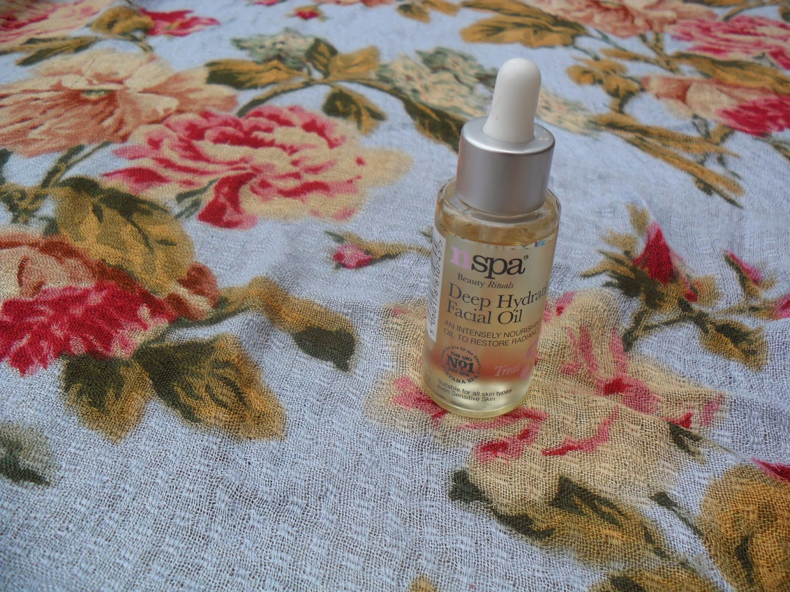 Picture of N-Spa Deep Hydrating Facial Oil