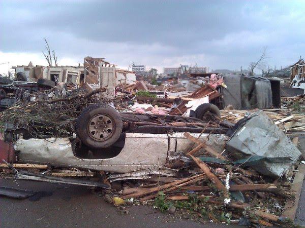 tuscaloosa tornado damage. alabama tornado damage.