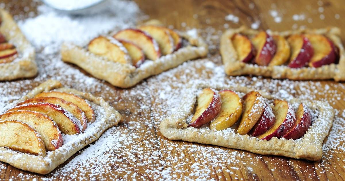 Haniela's: Apple Tarts and Whole Wheat Sour Cream Crust