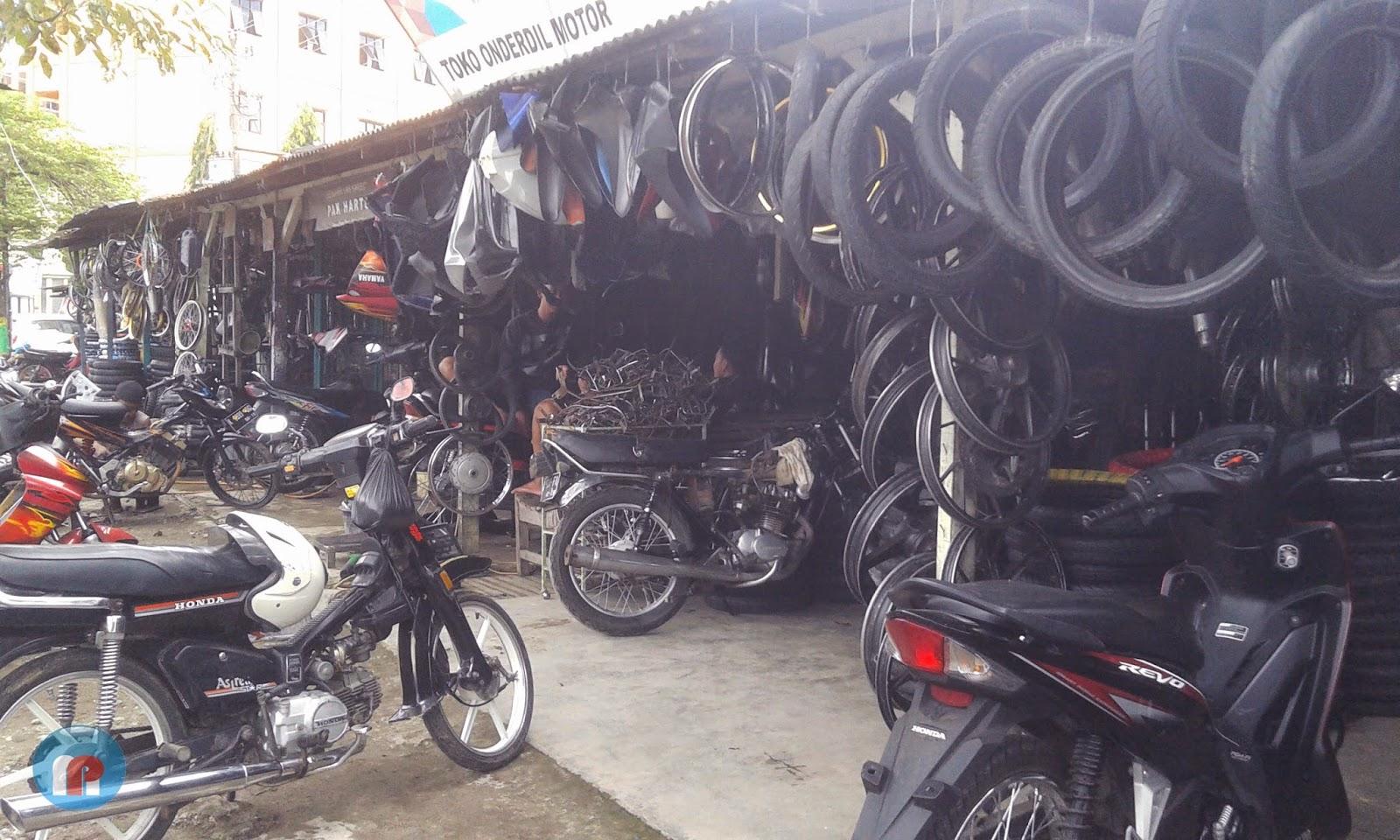 Pasar barang bekas Pati Makin Ramai Pembeli