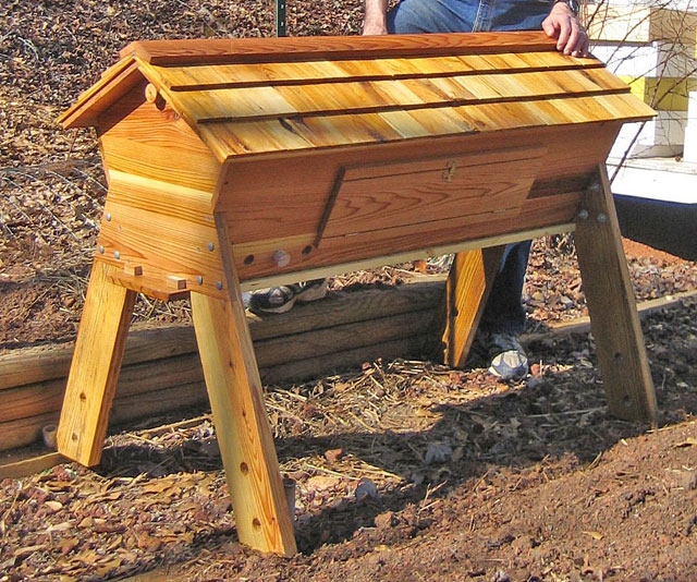 Chop Wood Carry Water Plant Seeds: Low Cost, Pesticide Free Sustainable  Beekeeping