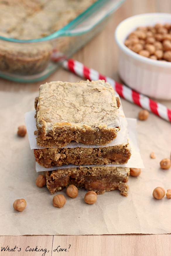 Gingerbread Caramel Gooey Bars and Giveaway - Whats Cooking Love?