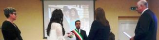 S-A TÂMPIT LUMEA! O româncă s-a căsătorit cu o italiancă la Brescia, au și o fetiță împreună...