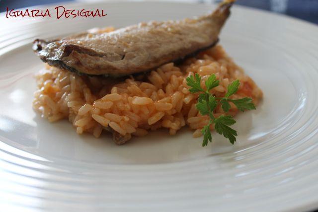 Filetes-de-carapau-com-risotto-de-tomatte-e-gengibre