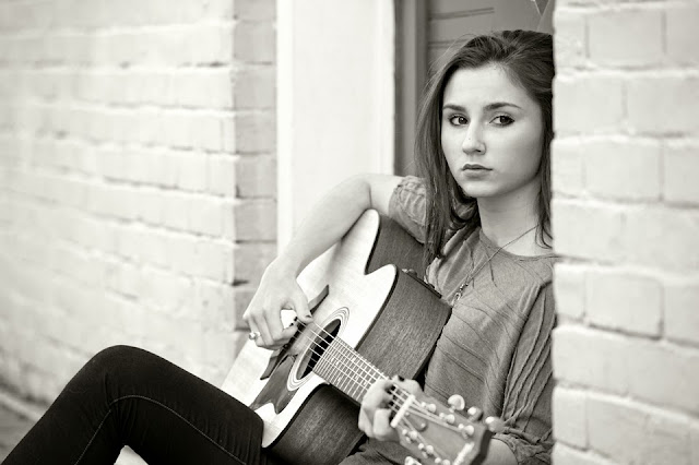 Julia Knight; Country Music