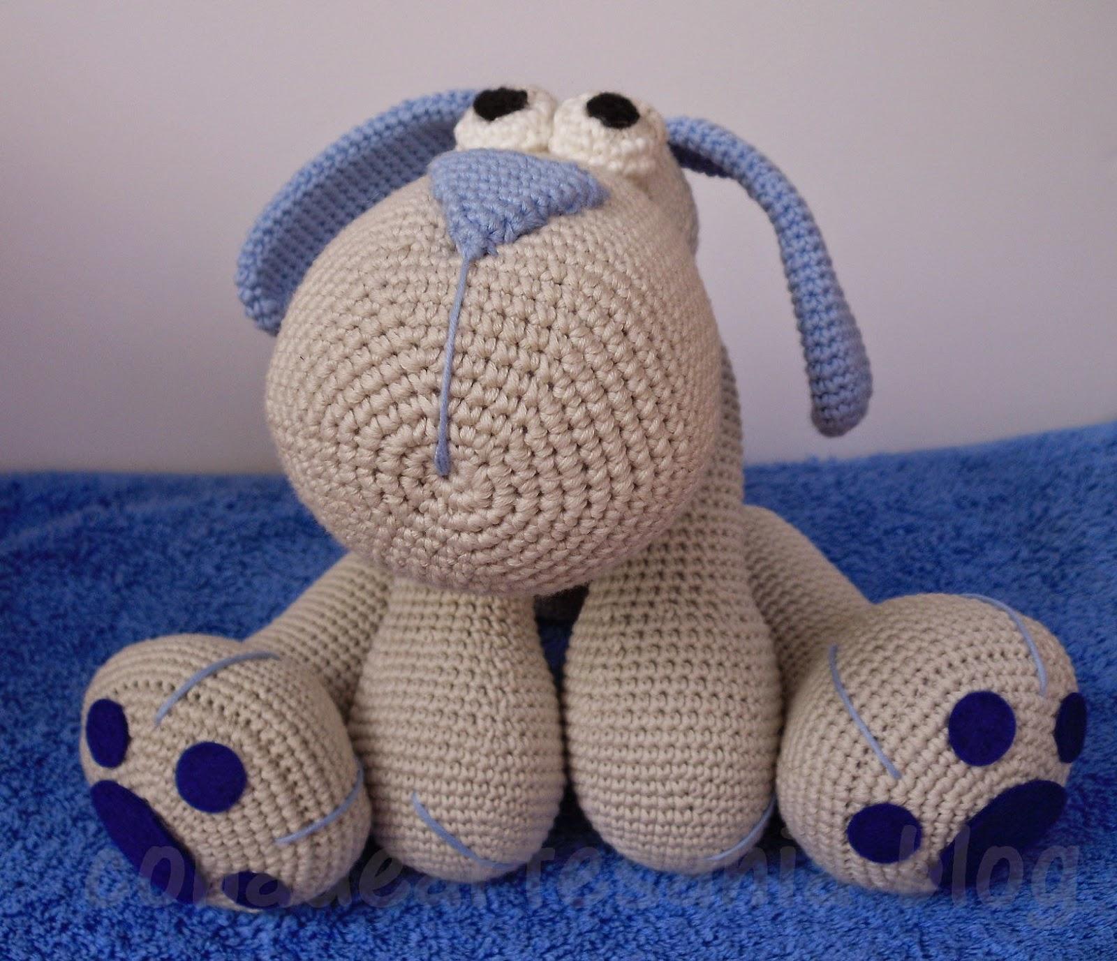 con A de artesanía: Amigurumi perrito Leopoldo