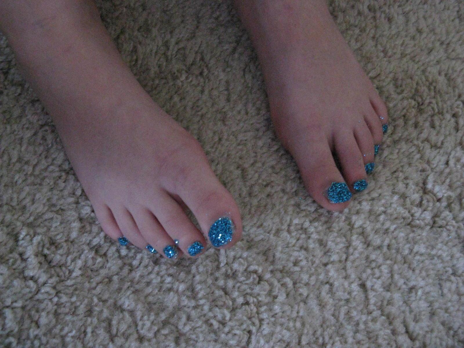 girls glitter 'n giggles: twinkle toes
