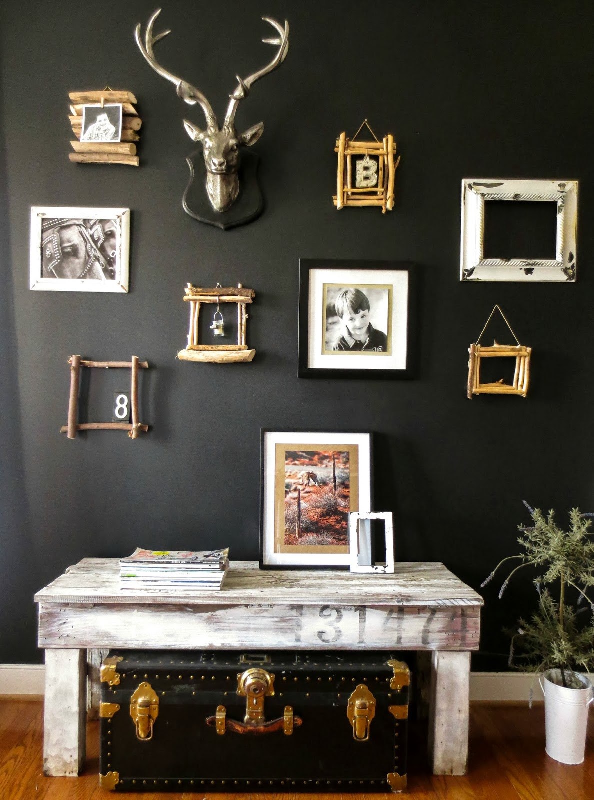 An Accent Wall Can Be All Your Own Style With A Few Natural Elements And Eclectic Mix Of Details Photos