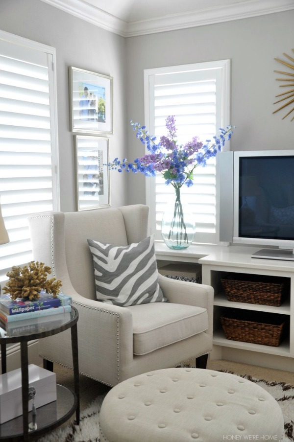 Easy summer decor - cozy sitting room