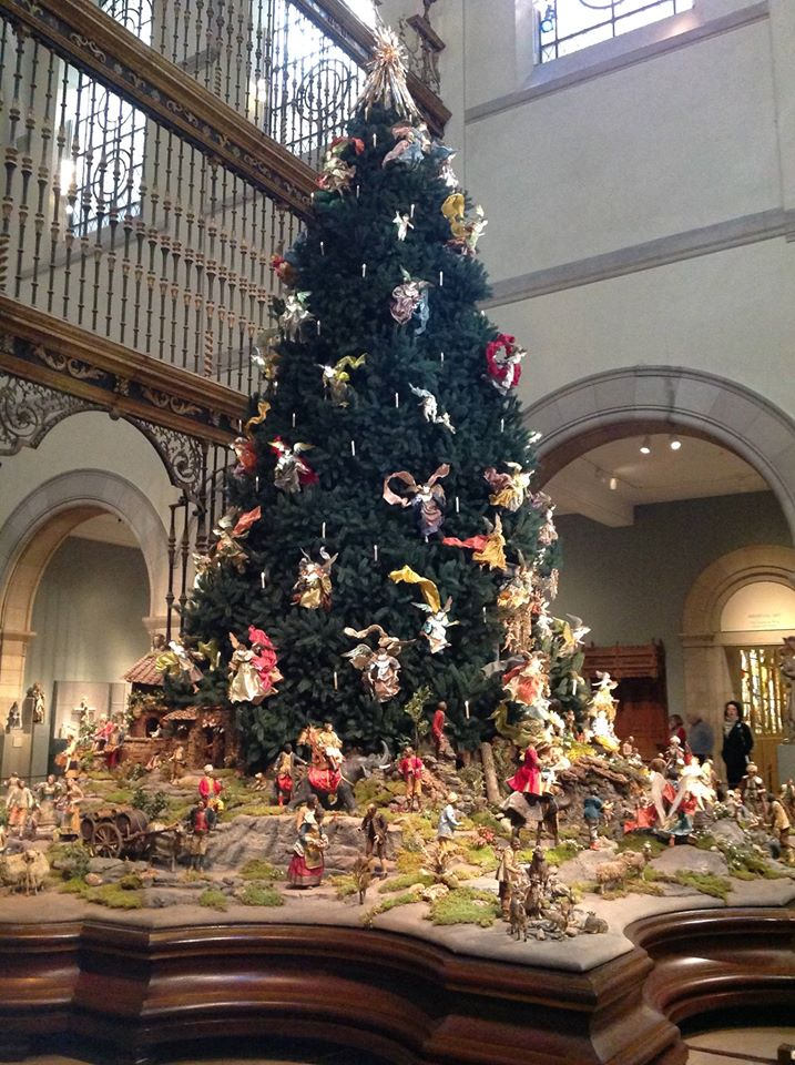 so fresh from my annual visit yesterday one of the most beautifully decorated christmas trees anywhere - Decorative Christmas Tree Stands