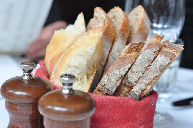 Les+Deux+Salons+William+IV+Street+Covent+Garden+review+bread
