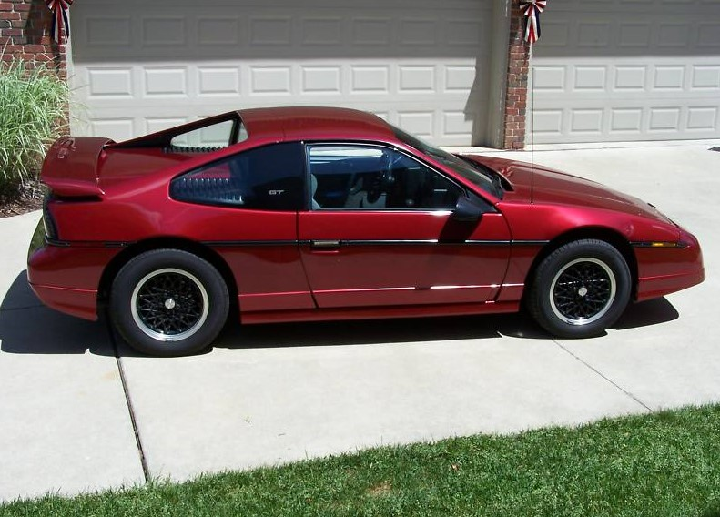 pontiac fiero my burgundy 1988 fiero gt. Black Bedroom Furniture Sets. Home Design Ideas