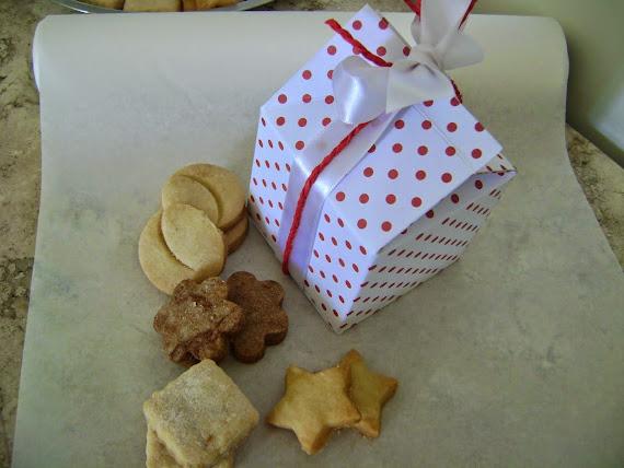 nova linha de embalagens  para biscoitos  : caixa -milk