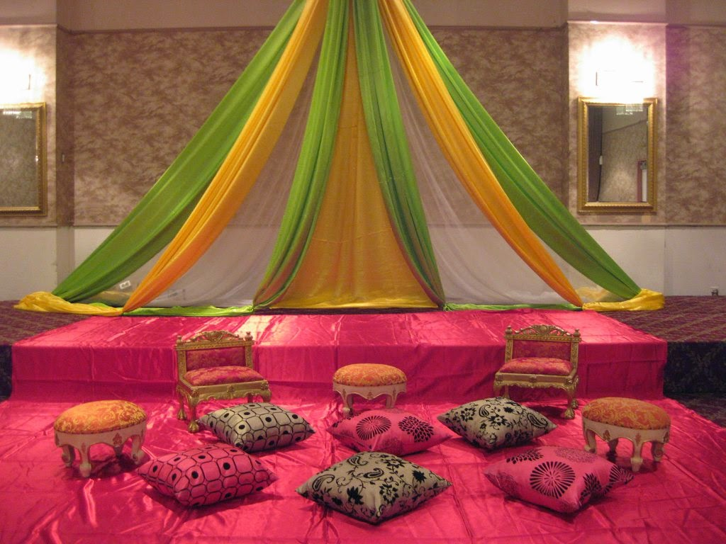 Wedding stage decoration ideas fashion and health spot for Decorations for weddings at home