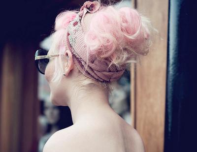 trenzas recogidas en pelo rosa 2013
