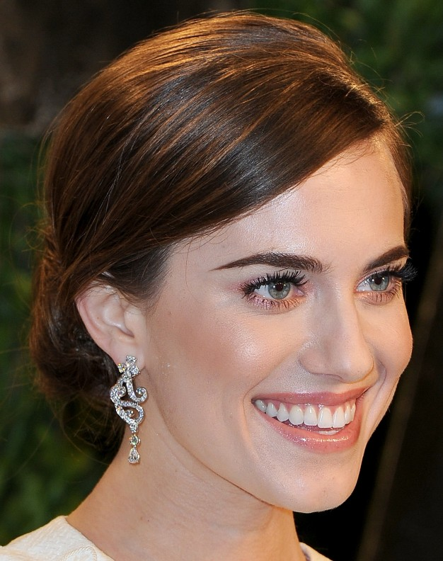 allison williams maquilhagem pos oscares, oscars party makeup