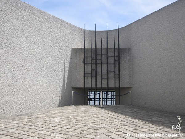 Paris 4ème - Mémorial de la déportation  Architecte: Georges-Henri Pingusson  Construction: 1962