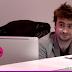 E se Daniel Radcliffe fosse o recepcionista da firma?