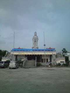 Patung Dewi Kwam Im