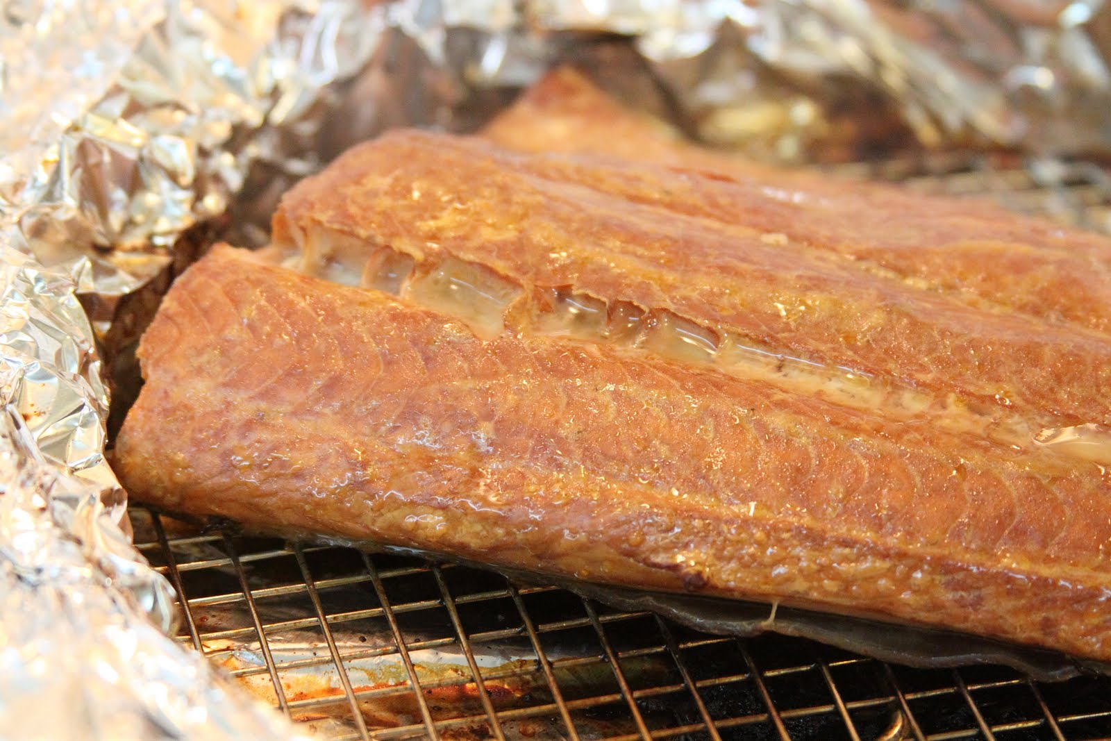 ShowFood Chef: How To Make Tea Smoked Salmon - Swimming Up Screen -