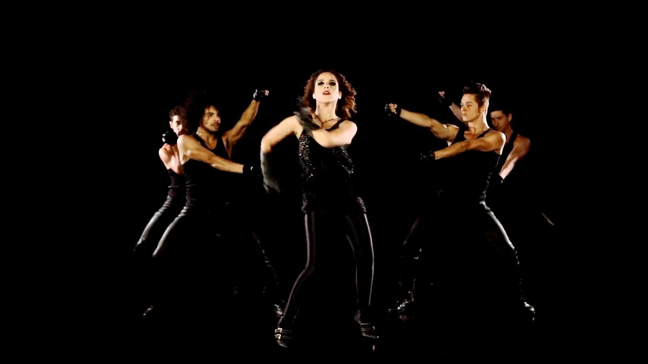 Wanessa feat. Soulja Boy - Turn It Up (Official Video & Lyrics)