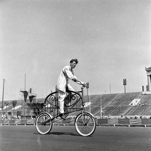 Bicycle+Pageant,+1948+(2).jpg
