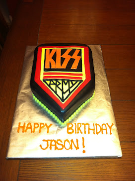 kiss army cake