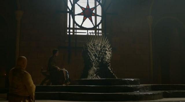 conversación entre Petyr Baelish y Varys - Juego de Tronos en los siete reinos