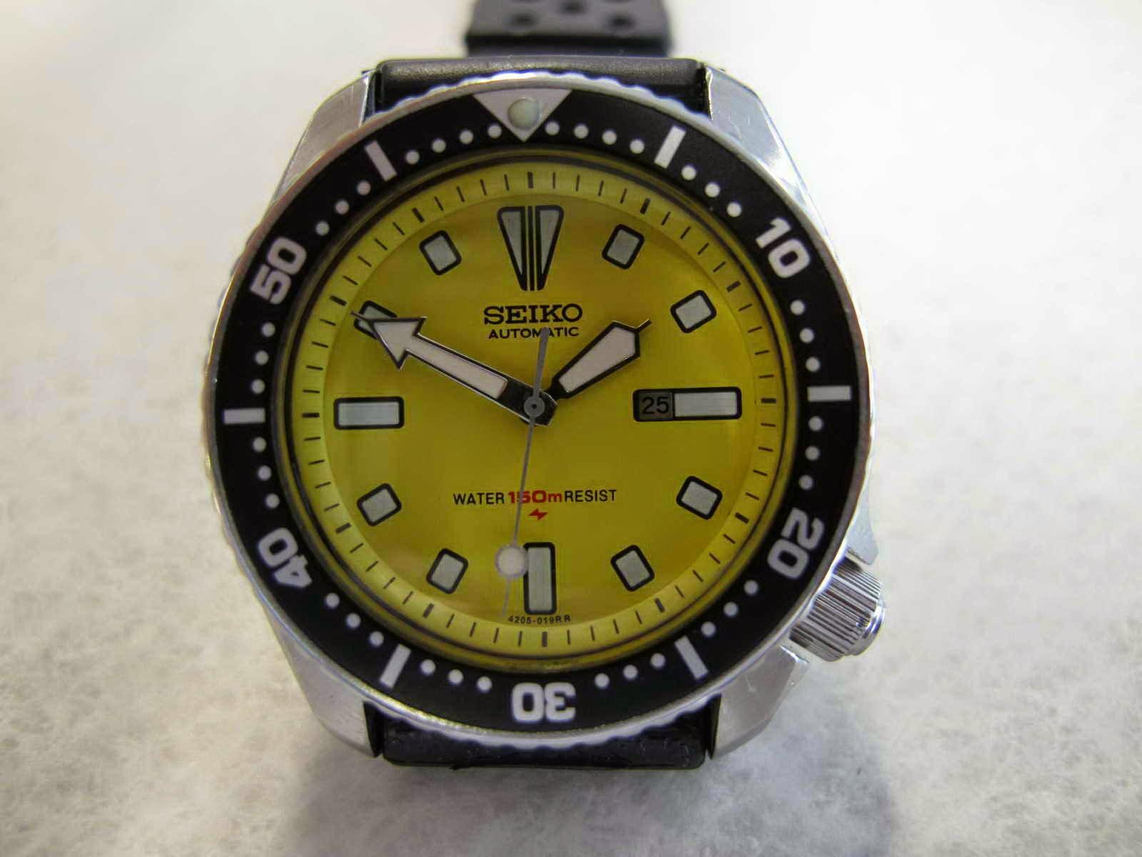 Cocok untuk Anda yang sedang mencari jam tangan Diver dengan diameter case  pas di tangan.. tidak terlalu besar... dial Eye Catching. f95744930f