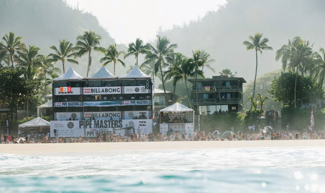 48 Billabong Pipe Masters 2014 The Beach Foto ASP